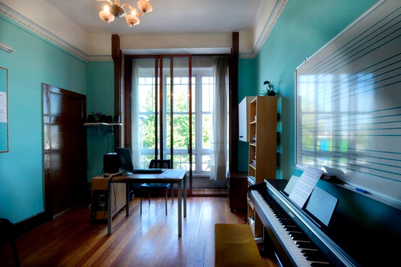 tecnologia-musical-steinberg-cubase-nuendo-waves-audio-mayeusis-composición-canto-piano-jazz-vigo-conservatorio-mayeusis-superior-galicia-formacion